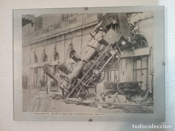 RECORTE DE PERIÓDICO CON IMAGEN DEL ACCIDENTE DE LA LOCOMOTORA PARIS-GRANVILLE DE 1895 (Coleccionismo - Recortables - Transportes)