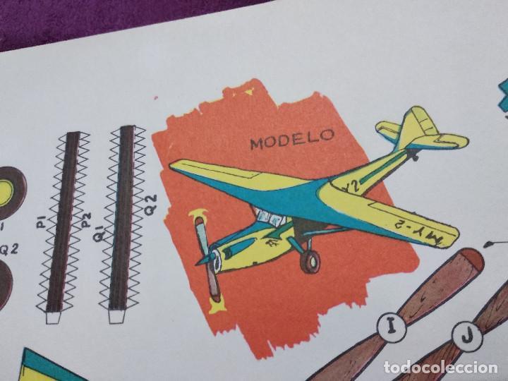 Coleccionismo Recortables: Hoja con recortable de Vehículos, Avioneta de Turisom, Recortables Eva, 1965, unos 45 x 30 cms. - Foto 6 - 242046755