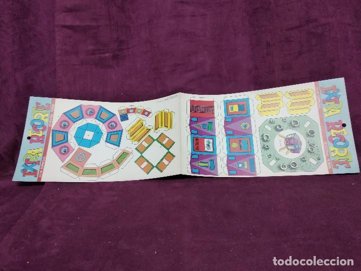 Coleccionismo Recortables: Pliego con recortables de transporte, Intrepid, Serie Espacial, Ed. Roma, 1973, unos 70 x 20 cms. - Foto 10 - 242057690