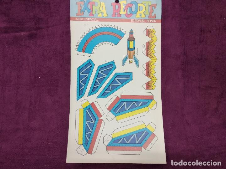 Coleccionismo Recortables: Pliego con recortables de transporte, Apolo XIII, Serie Espacial, Ed. Roma, 1973, unos 70 x 20 cms. - Foto 5 - 242058315