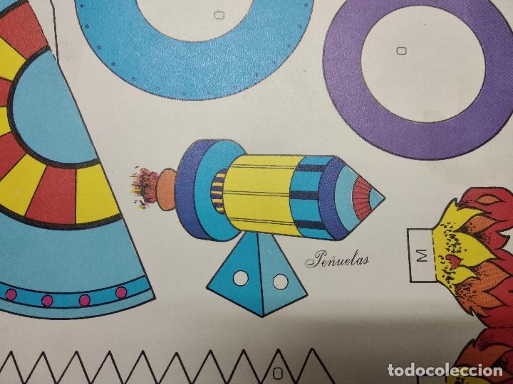 Coleccionismo Recortables: Pliego con recortables de transporte, Sputnik, Serie Espacial, Ed. Roma, 1973, unos 70 x 20 cms. - Foto 7 - 242059005