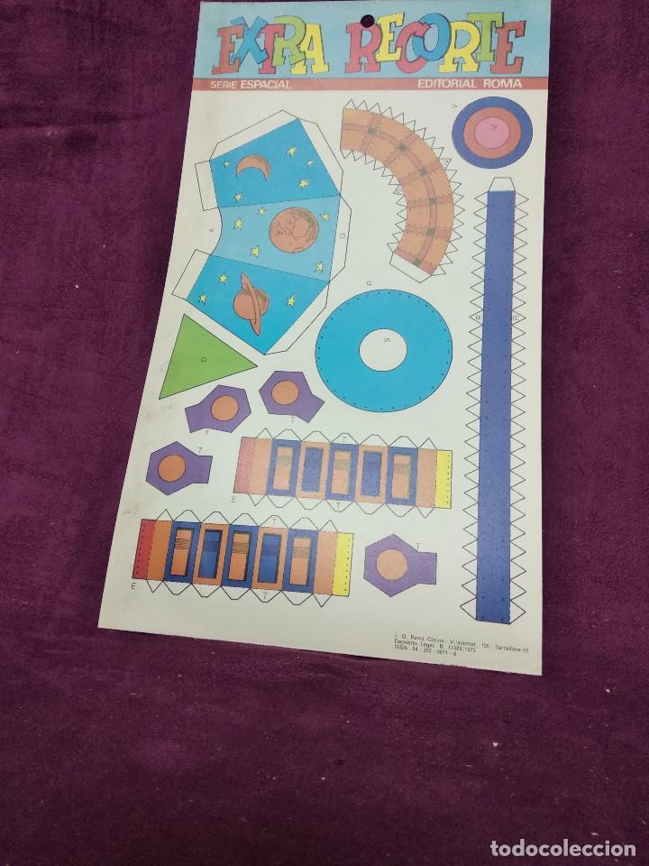 Coleccionismo Recortables: Pliego con recortables de transporte, Sputnik, Serie Espacial, Ed. Roma, 1973, unos 70 x 20 cms. - Foto 9 - 242059005
