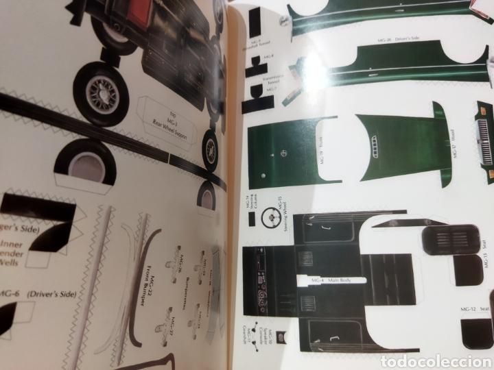 Coleccionismo Recortables: libro con 8 Recortables de clásicos coches americano Años 80. - Foto 2 - 242425220