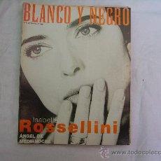 Coleccionismo de Revista Blanco y Negro: BLANCO Y NEGRO Nº 4135, ISABELLA ROSSELLINI, MADAGASCAR, ,JOSE MARIA FLOTATS, ALBANIA. Lote 33117467