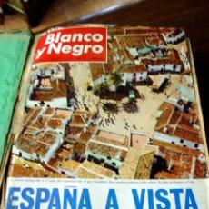 Coleccionismo de Revista Blanco y Negro: DOSIER CON 12 FASCÍCULOS DE LA REVISTA BLANCO Y NEGRO DE 1967. Lote 44075910