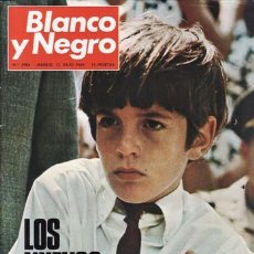 Colecionismo de Revistas Preto e Branco: REVISTA BLANCO Y NEGRO Nº 2984 AÑO 1969. LOS NUEVOS KENNEDY. . Lote 48315291