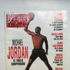 Coleccionismo de Revista Blanco y Negro: BLANCO Y NEGRO Nº 3877: MICHAEL JORDAN, CLINT EASTWOOD, DALAI LAMA, LINA MORGAN, PEDRO ALMODÓVAR. Lote 51208280