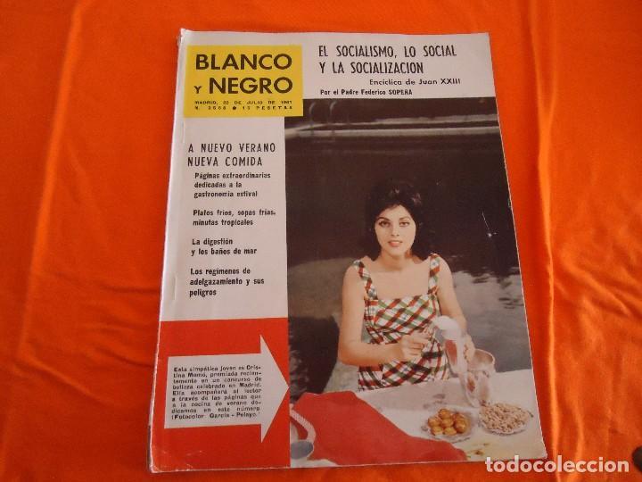 REVISTA BLANCO Y NEGRO, Nº. 2568, 22/07/1961 (Coleccionismo - Revistas y Periódicos Modernos (a partir de 1.940) - Blanco y Negro)