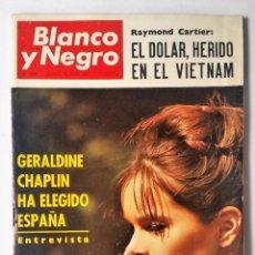 Coleccionismo de Revista Blanco y Negro: BLANCO Y NEGRO 2824, JUNIO 1966. DE GAULLE A MOSCÚ - CALCUTA - EL CHAPARRAL - GERALDINE CHAPLIN Y +.. Lote 102530911