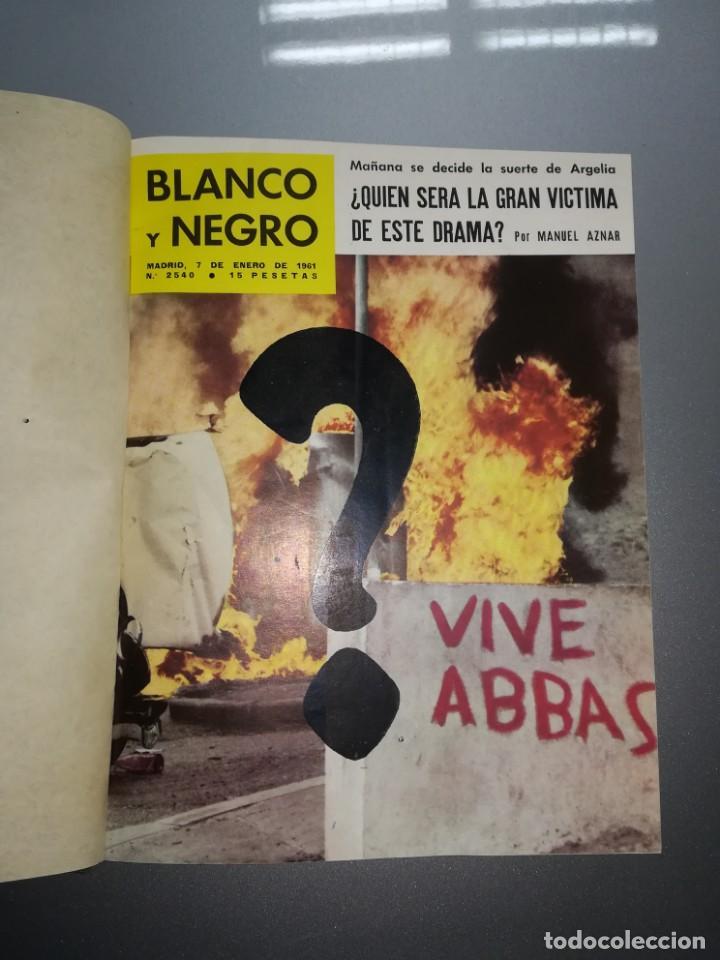 8 REVISTA BLANCO Y NEGRO ENCUADERNADAS AÑO 1961 (Coleccionismo - Revistas y Periódicos Modernos (a partir de 1.940) - Blanco y Negro)