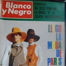 Coleccionismo de Revista Blanco y Negro: REVISTA BLANCO Y NEGRO. Nº 2913 - 1968 MODA DE PARÍS EN COLOR. GUERRA BACTERIOLÓGICA. Lote 157215954