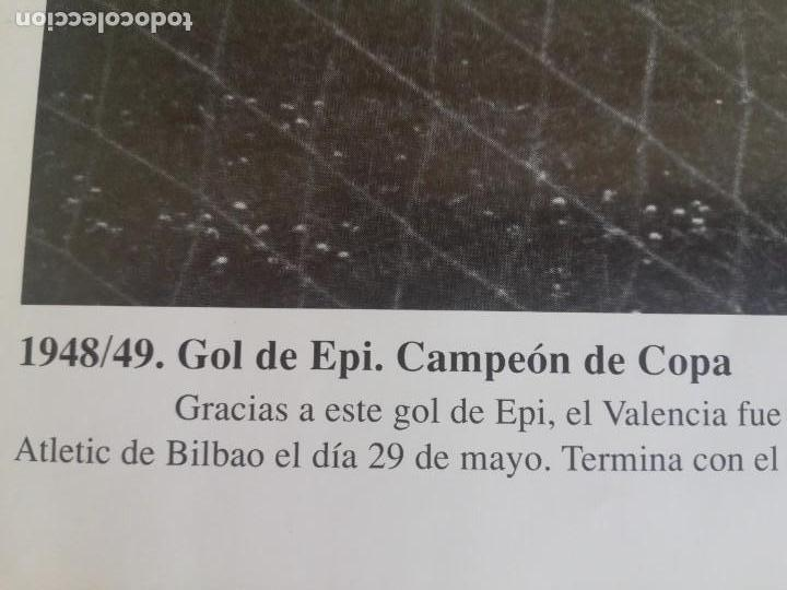 Coleccionismo de Revista Blanco y Negro: Gol de Epi.. VCF campeón de copa 1949 - Foto 4 - 171149653