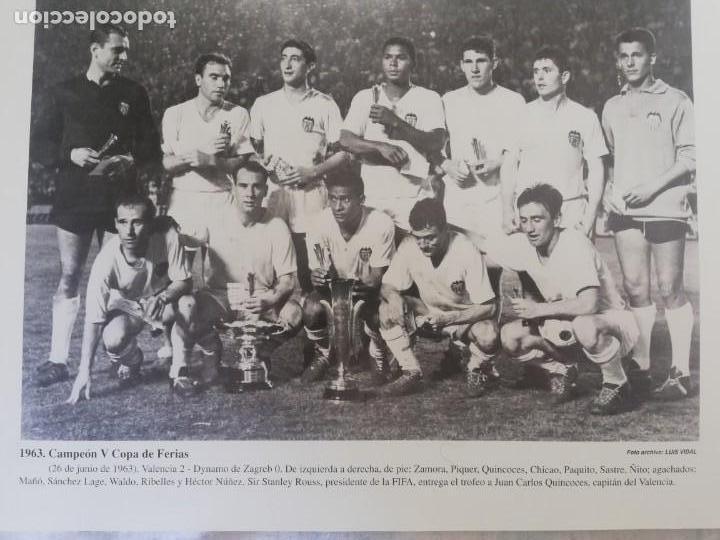 Coleccionismo de Revista Blanco y Negro: Fotografía del VCF, campeón V copa de ferias 1963 - Foto 6 - 171149750
