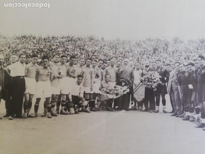 Coleccionismo de Revista Blanco y Negro: Fotografía del primer partido internacional en Mestalla 1925 - Foto 2 - 171150237
