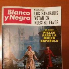 Coleccionismo de Revista Blanco y Negro: BLANCO Y NEGRO REVISTA Nº 2847 MADRID, 26 DE NOVIEMBRE 1966_FOTOS ASESINATO DE KENNEDY, PIELES MUJER. Lote 195043773