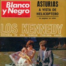 Coleccionismo de Revista Blanco y Negro: BLANCO Y NEGRO Nº 2936 MADRID 10 AGOSTO 1968 LOS KENNEDY (3ª PARTE). ASTURIAS A VISTA DE HELICÓPTERO. Lote 195311777