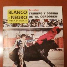 Coleccionismo de Revista Blanco y Negro: BLANCO Y NEGRO REVISTA Nº 2717 MADRID, 30 DE MAYO 1964_TRIUNFO Y COGIDA DEL CORDOBES.. Lote 206833847