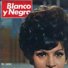 Coleccionismo de Revista Blanco y Negro: BLANCO Y NEGRO 2968 - SALOMÉ PAQUIRRI PAUL MCCARTNEY BEATLES APOLO 9 M. CARMEN PRENDES - VER FOTOS. Lote 206886238