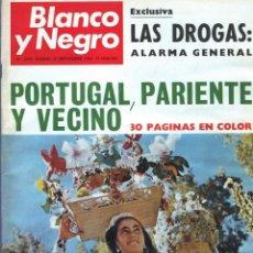 Coleccionismo de Revista Blanco y Negro: BLANCO Y NEGRO 2995 - PACO CAMINO DAMASO GÓMEZ NIXON SINTRA FELICIANO RIVILLA PELÉ - VER FOTOS. Lote 206924180