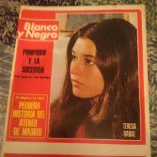Coleccionismo de Revista Blanco y Negro: BLANCO Y NEGRO N 3232 AÑO 1974 - INMA DE SANTIS, TERESA RABAL, POMPIDOU, ATENEO DE MADRID. Lote 207436968