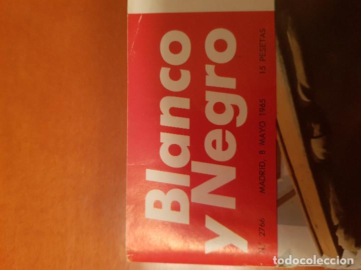 Coleccionismo de Revista Blanco y Negro: BLANCO Y NEGRO REVISTA Nº 2766 MADRID, 8 DE MAYO 1965_PRIMAVERA SEVILLANA. CARTIER. - Foto 2 - 209871337