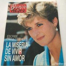 Coleccionismo de Revista Blanco y Negro: BLANCO Y NEGRO 1993 MICHAEL DOUGLAS ROCIO DURCAL MICHEL OSTUNI ANGELILLO NORMA DUVAL RAFAELLA CARRA. Lote 214165122