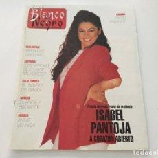 Coleccionismo de Revista Blanco y Negro: BLANCO Y NEGRO 5 1992 ISABEL PANTOJA RAFFAELLA RAFAELA CARRA ANNIE LENNOX FAMILIA RUSA NICOLAS II. Lote 214168117