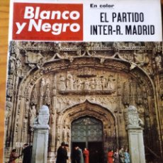 Coleccionismo de Revista Blanco y Negro: BLANCO Y NEGRO Nº 2860 DE 1967- RAQUEL WELCH- REAL MADRID- VALLADOLID- MODA PARIS- SIMCA 1000.... Lote 214193805