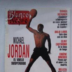 Coleccionismo de Revista Blanco y Negro: BLANCO Y NEGRO Nº 3877: MICHAEL JORDAN. 17 OCTUBRE 1993. TDKC75. Lote 218212190