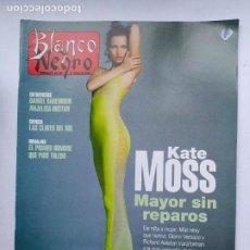 Coleccionismo de Revista Blanco y Negro: REVISTA BLANCO Y NEGRO Nº 4021 KATE MOSS. 21 JULIO 1996. TDKC75. Lote 218220465