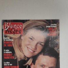 Coleccionismo de Revista Blanco y Negro: REVISTA BLANCO Y NEGRO. ESPARTACO EL TORERO EN INVIERNO. 1995. Lote 222542938