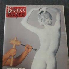Coleccionismo de Revista Blanco y Negro: REVISTA BLANCO Y NEGRO N° 3674 . AÑO 1989 . SEAN CONNERY. PAUL NEWMAN. Lote 223231102