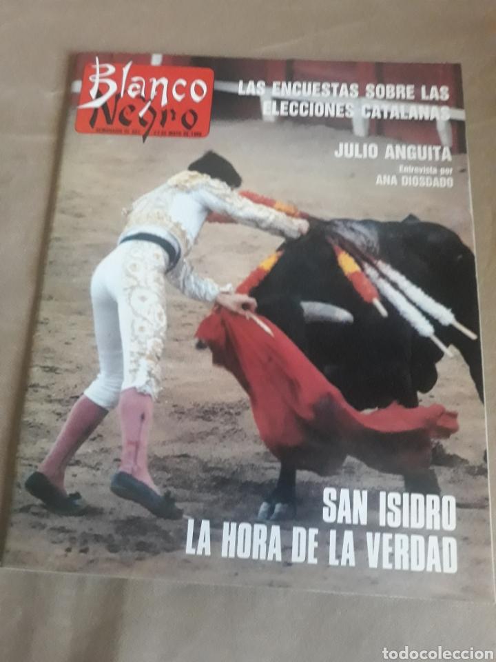 REVISTA BLANCO Y NEGRO N° 3595 .1988. LOQUILLO . EL ROCIO . JULIO ANGUITA (Coleccionismo - Revistas y Periódicos Modernos (a partir de 1.940) - Blanco y Negro)