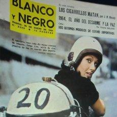 Collectionnisme de Magazine Blanco y Negro: REVISTA BLANCO Y NEGRO Nº 2699 -1964 AÑO DEL DESARME Y LA PAZ. ÚLTIMOS MODELOS DE COCHES DEPORTIVOS. Lote 233864965