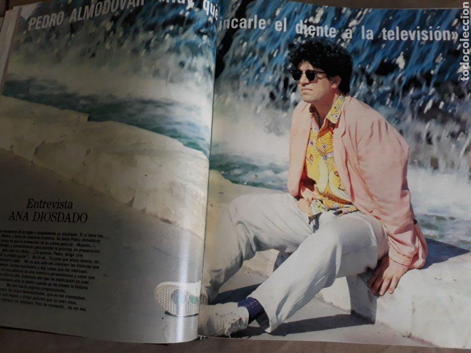 REVISTA AÑO 1988 . PEDRO ALMODÓVAR- SARA MONTIEL - DAVID SUMMERS - WHITNEY HOUSTON . VER SUMARIO. (Coleccionismo - Revistas y Periódicos Modernos (a partir de 1.940) - Blanco y Negro)