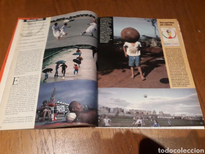 Coleccionismo de Revista Blanco y Negro: REVISTA 2002 . WOODY ALLEN - VICENTE FERRER - MUNDIAL DE FUTBOL 2002. EL FUTBOL DE OTROS MUNDOS - Foto 12 - 246088270