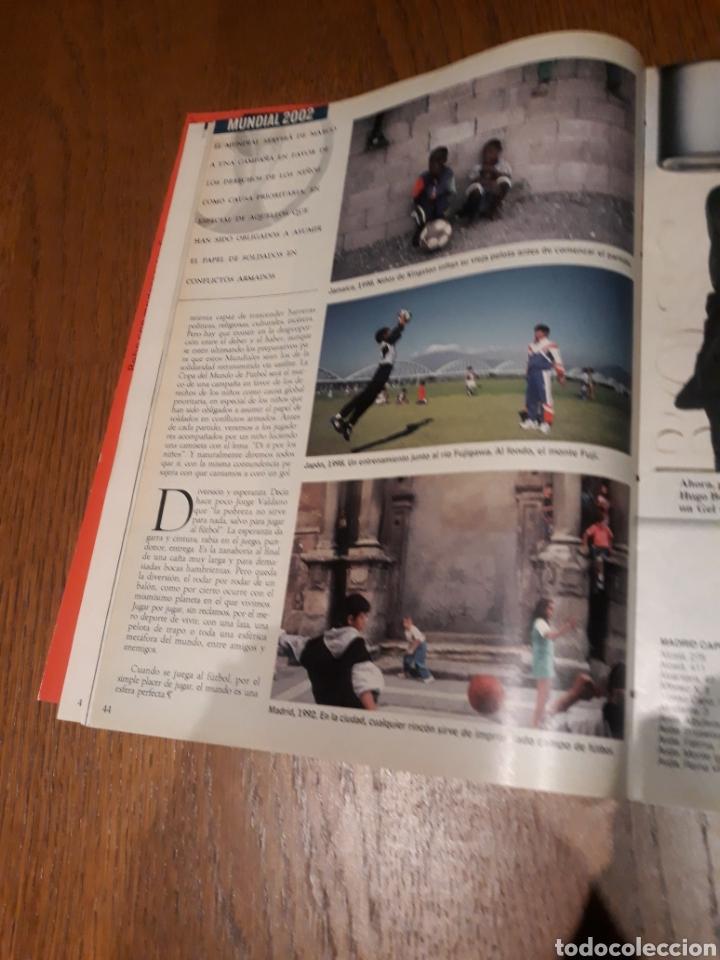 Coleccionismo de Revista Blanco y Negro: REVISTA 2002 . WOODY ALLEN - VICENTE FERRER - MUNDIAL DE FUTBOL 2002. EL FUTBOL DE OTROS MUNDOS - Foto 13 - 246088270