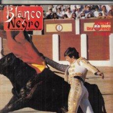 Coleccionismo de Revista Blanco y Negro: REVISTA BLANCO Y NEGRO Nº 3615 AÑO 1988. ESPARTACO. LUCIO MUÑOZ. ARTE EN LOS PIES. MANUEL CARRERA.. Lote 277603958