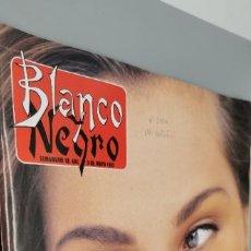 Coleccionismo de Revista Blanco y Negro: REVISTA BLANCO Y NEGRO Nº 3854 AÑO 1993. EMMA SÚAREZ. RAFAEL BOTÍ.CONCHA VELASCO. P RICO Y L. LUCENA. Lote 285109223