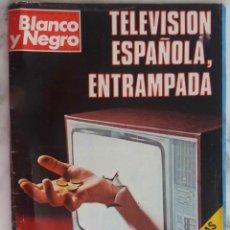 Coleccionismo de Revista Blanco y Negro: BLANCO Y NEGRO. DICIEMBRE 1975. Nº 3319.TELEVISION ESPAÑOLA.RAPHAEL POLEMICA. REVISTA.. Lote 287983828