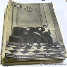 Coleccionismo de Revista Destino: LOTE DE 34 REVISTAS DESTINO DIFERENTES DE ENERO A DICIEMBRE DEL AÑO 1954. Lote 35916406