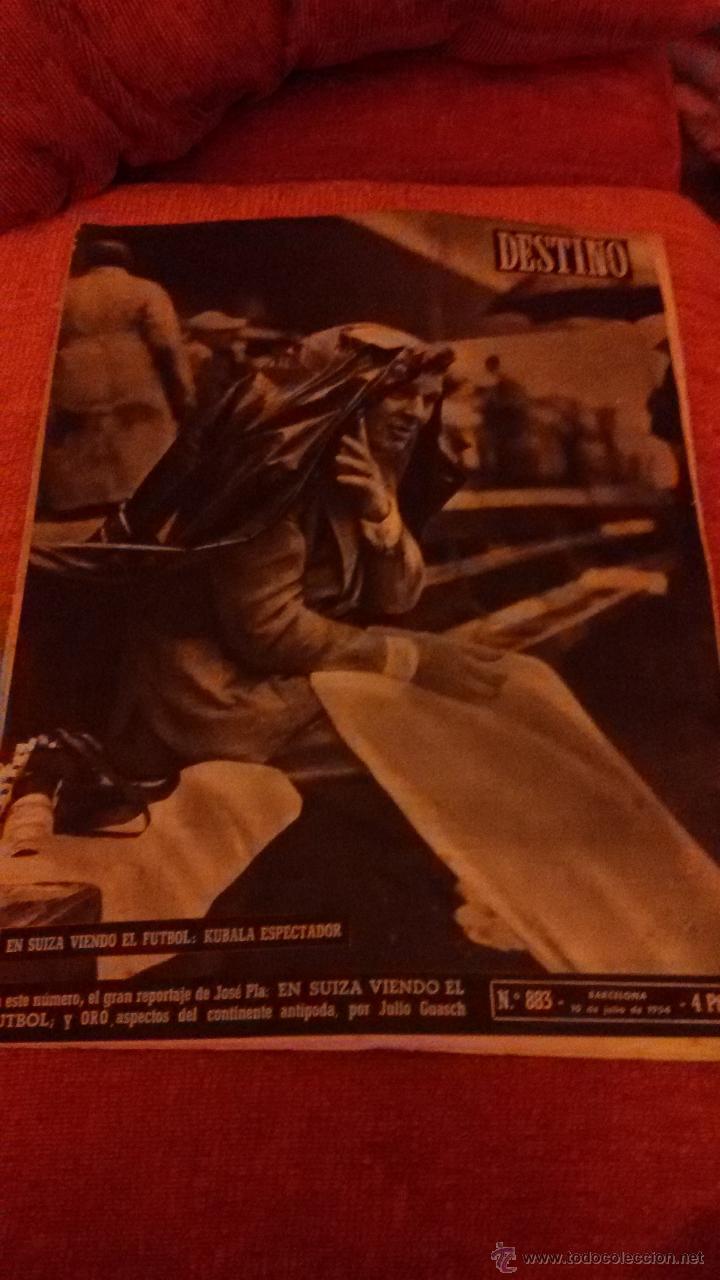 PERIODICO DESTINO - 10 DE JULIO 1954 - BARCELONA -KUBALA FUTBOL FUTBOLISTA (Coleccionismo - Revistas y Periódicos Modernos (a partir de 1.940) - Revista Destino)