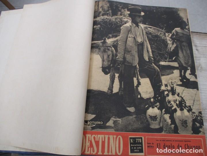 Coleccionismo de Revista Destino: DOS TOMOS REVISTA DESTINO AÑO 1952 - DEL 778 AL 803 CORRELATIVOS - 26 EJEMPLARES CON DOS EXTRAS - Foto 3 - 142700734