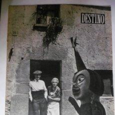 Coleccionismo de Revista Destino: REVISTA DESTINO - Nº 891 - 1954 - COMO SE EMPLEARA EL LEGADO DE LOS ESPOSOS MUNDET. Lote 178784066