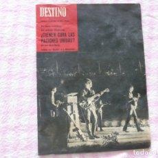 Coleccionismo de Revista Destino: THE BEATLES BARCELONA REVISTA DESTINO JULIO DE 1965 EXCELENTE. Lote 178802041