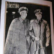 Coleccionismo de Revista Destino: REVISTA DESTINO - 1955 - 11 REVISTAS DESTINO DIFERENTES. Lote 179009620