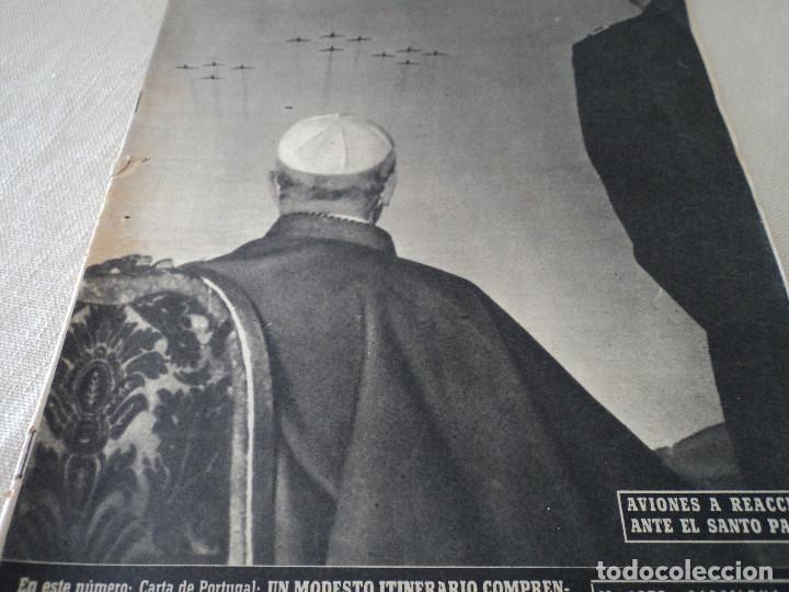 REVISTA DESTINO Nº 1059 AÑO 1957 AVIONES A REACCION ANTE EL SANTO PADRE VER FOTOS (Coleccionismo - Revistas y Periódicos Modernos (a partir de 1.940) - Revista Destino)