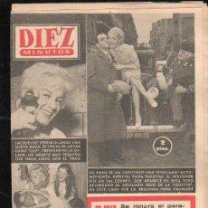 Coleccionismo de Revista Diez Minutos: REVISTA DIEZ MINUTOS. NOVIEMBRE 1958. NUM. 377 - JACQUELINE PERRIEUX, GYNKAMA AUTOMOVILISTA PARIS. Lote 32632761