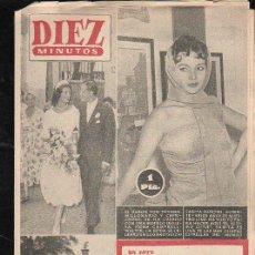 Coleccionismo de Revista Diez Minutos: REVISTA DIEZ MINUTOS. OCTUBRE 1956. NUM. 269 - BARON VON-THYSSEN, EL ULTIMO CUPLE, OBRAS EN PARIS. Lote 32633150