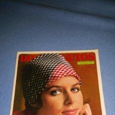 Coleccionismo de Revista Diez Minutos: DIEZ MINUTOS Nº 1081 1972 ANDRES DO BARRO, ELIZABETH BAUR, GRAZALEMA, POSTER ILYA DIVA Y RAPHAEL. Lote 71776231
